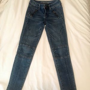 American Eagle Skinny Jean (Size: 0)